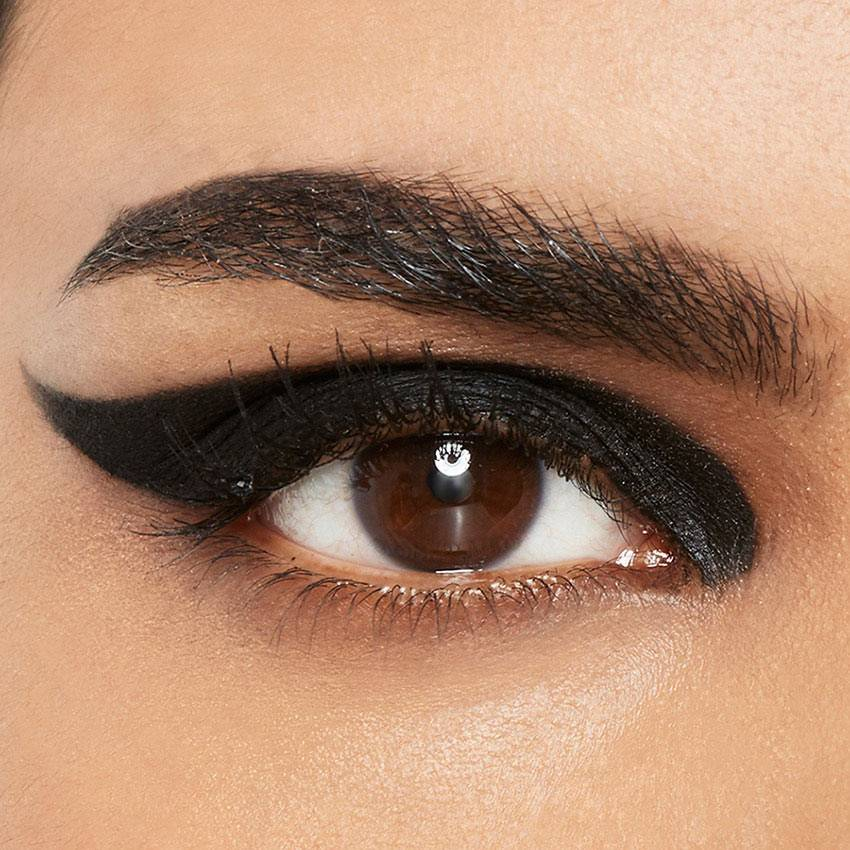 8-maybelline-eyeliner-thick-wing-look-1x1(1)