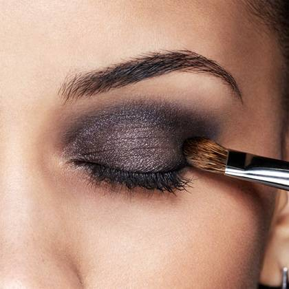 maybelline-eyeshadow-rock-nudes-metallic-liliac-eyes-tutorial-step2-1x1