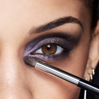 maybelline-eyeshadow-rock-nudes-metallic-liliac-eyes-tutorial-step3-1x1